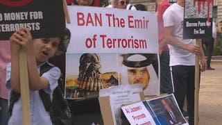 تظاهرات وجدل في بريطانيا بسبب زيارة أمير قطر إلى لندن