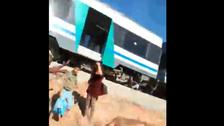 شاهد..هلع وغضب وبكاء هستيري بقطار تونسي انطلق بدون سائق
