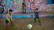 Two New Yorker artists bring colors, smiles to Rohingya camps