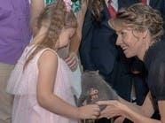 هدية من زوجة الأسد لطفلة روسية لم يحظ بها طفل سوري