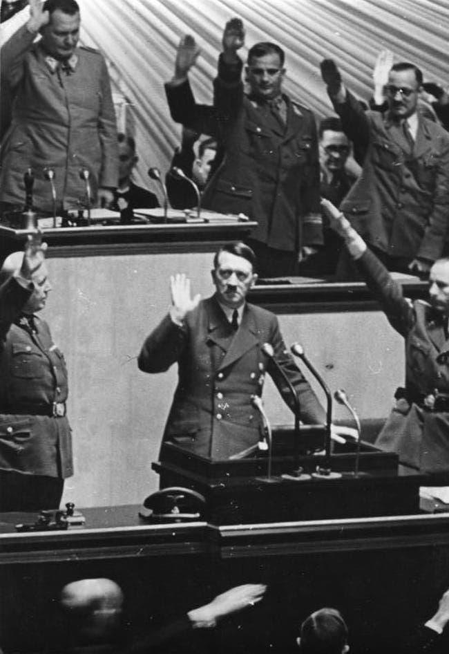 صورة مقربة لأدولف هتلر أثناء خطاب إعلان الحرب على الولايات المتحدة