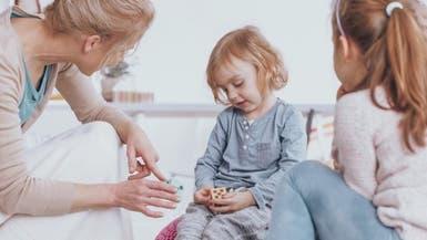 للوالدين.. تحدثوا مع أطفالكم كي يتقنوا اللغة