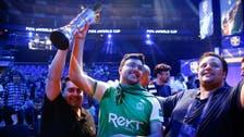 مساعد الدوسري يفوز بجائزة أفضل لاعب في العالم