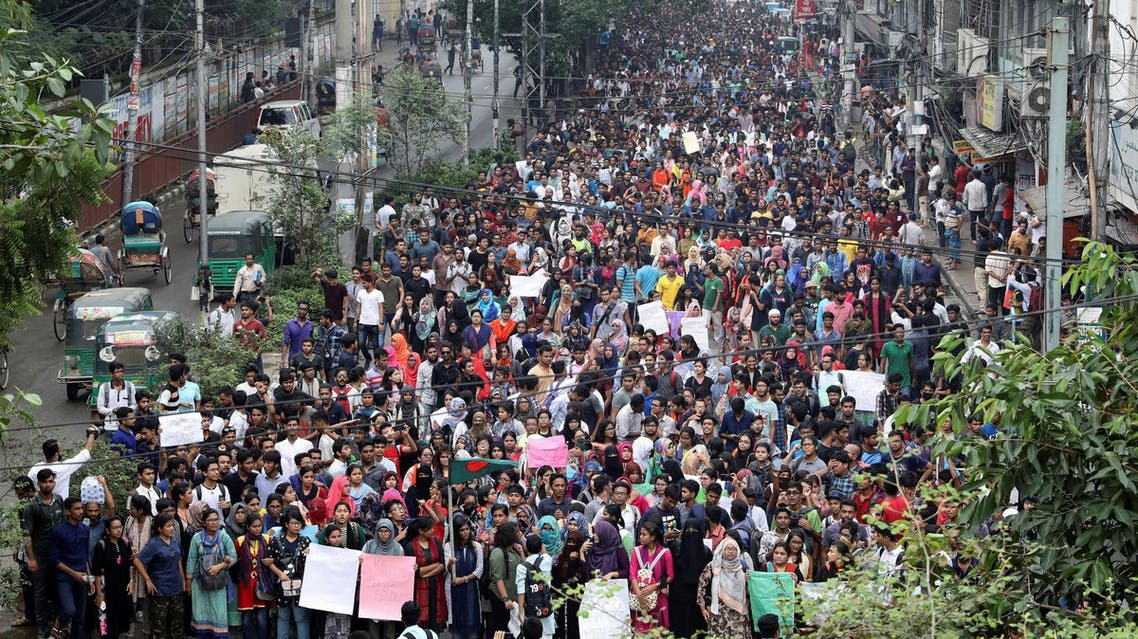 Thousands of students join in a protest over traffic accidents in Dhaka on August 5, 2018. (Reuters)