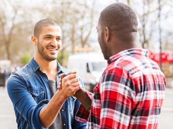4 طرق كي تستفيد من أصدقائك في تحسين حياتك؟