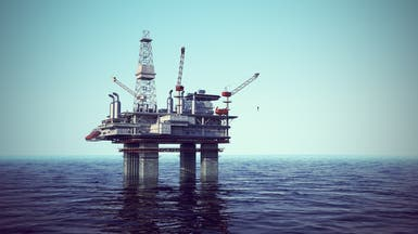 النفط يصعد بدعم طلب الصين وكبح إنتاج إيران
