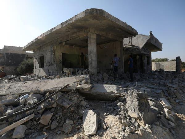 غارات النظام وروسيا تسقط البراميل المتفجرة على إدلب