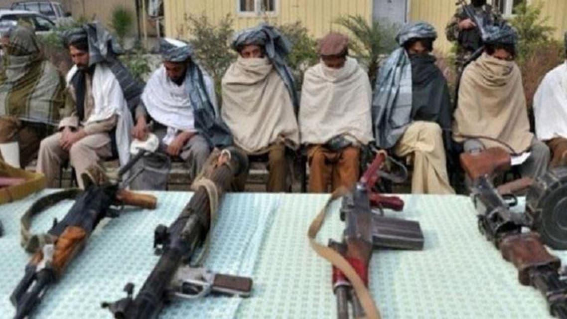 50 تن از افراد طالبان در غرب افغانستان صلح کردند