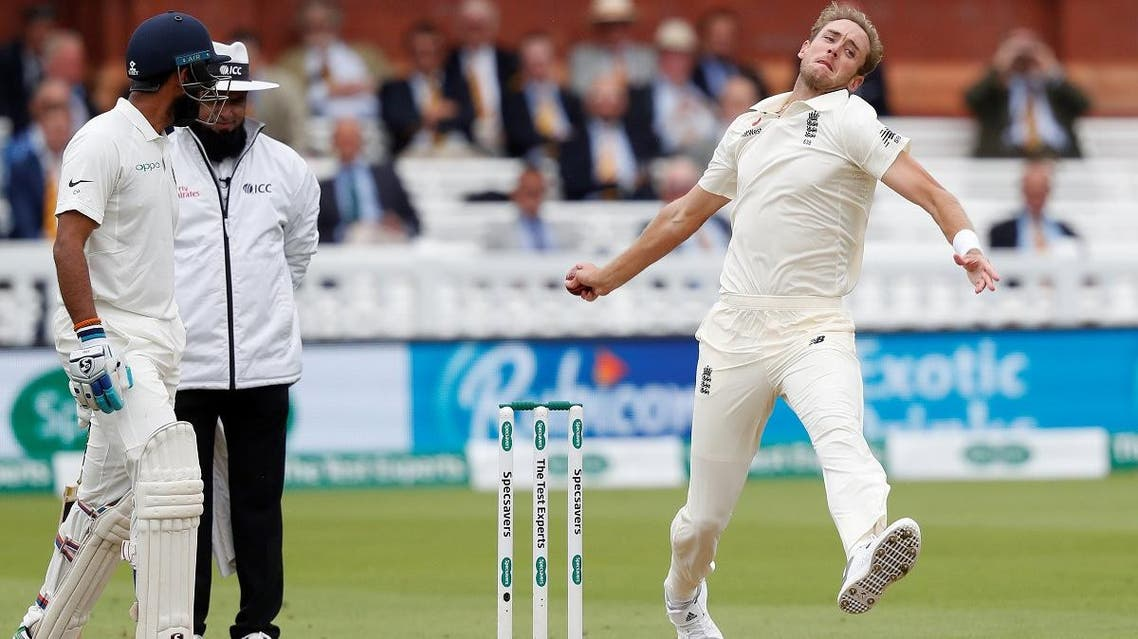 England's Stuart Broad (R) bowls on the fourth day of the second Test cricket match between England and India at Lord's Cricket Ground in London on August 12, 2018. (AFP)