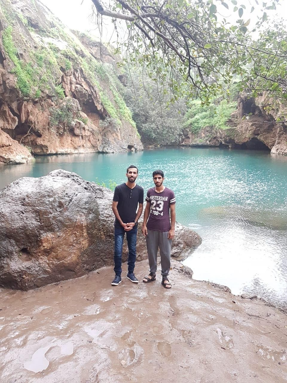 Two heroic Omani brothers die after recusing Saudi girls from drowning