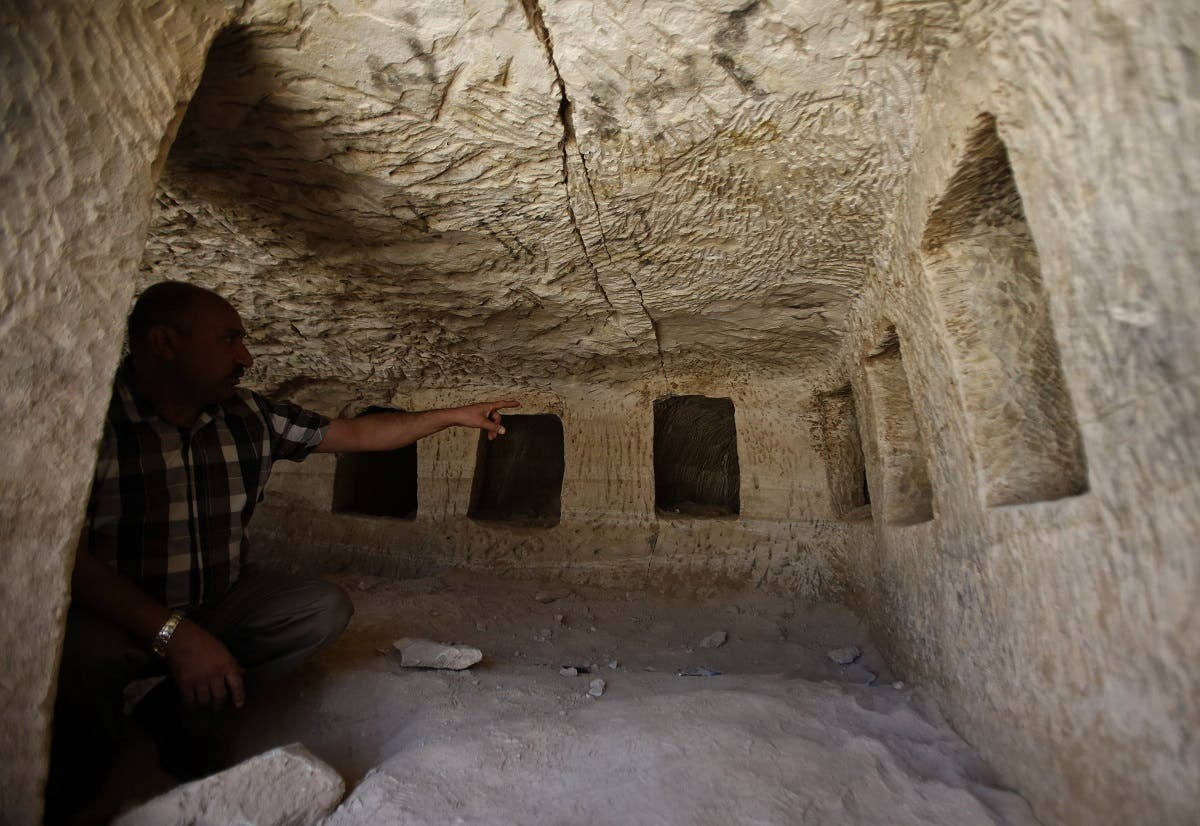 Palestinian Roman era tombs 2 (AFP)