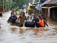 رئيس الوزراء الهندي بكيرلا.. وقتلى الفيضانات في ارتفاع