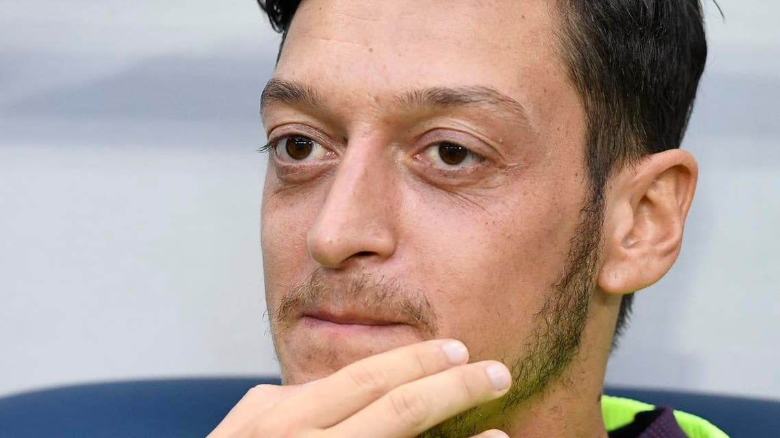 Arsenal's German midfielder Mesut Ozil is pictured prior to the friendly football match between Arsenal and Lazio in Solna, Sweden on August 4, 2018.  Jonathan NACKSTRAND / AFP