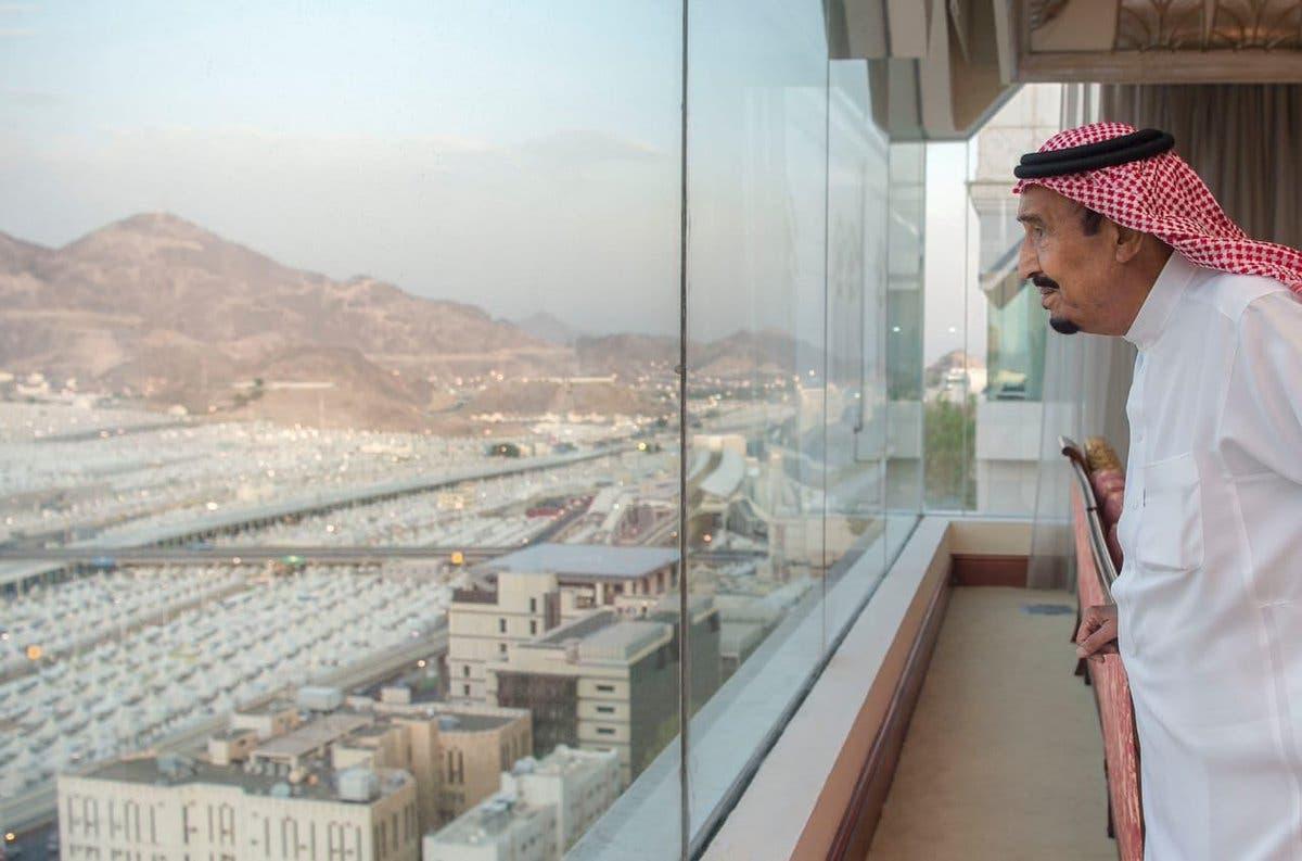 Saudi King Salman arrives in Mina, reassured of pilgrims' comfort