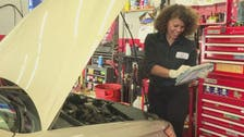 VIDEO: In US garages, women using their own elbow grease