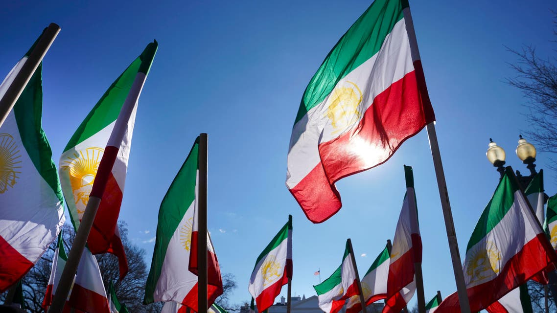 Two Iranians arrested for allegedly spying in US (AP)