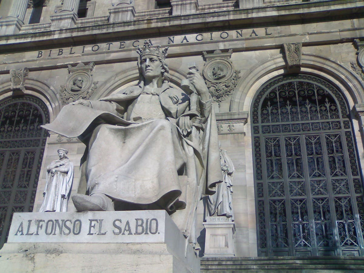 Alfonso X at the National Library, Spain. ( Merce Divad/Wikimedia Commons)