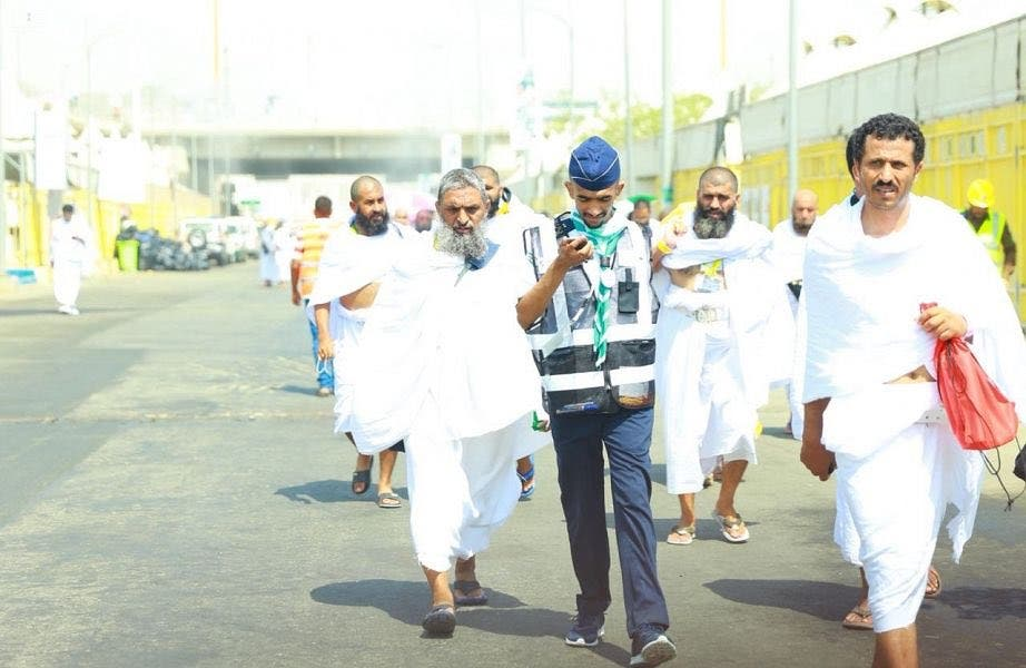 Saudi scouts delivered 10,723 pilgrims to their camps, and guided 84,254 pilgrims with explanations. (SPA)