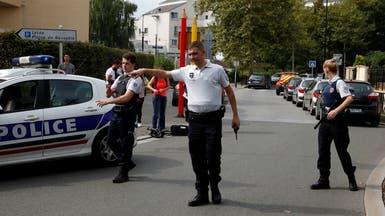 حادث طعن في باريس.. والمهاجم يقتل أمه وأخته