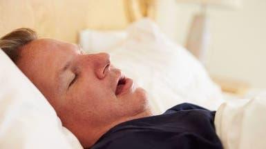 انقطاع النفس أثناء النوم يفاقم الإصابة بأمراض القلب