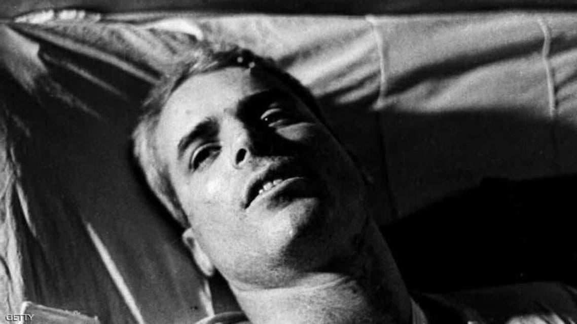 جان مککین اینگونه در ویتنام اسیر شد