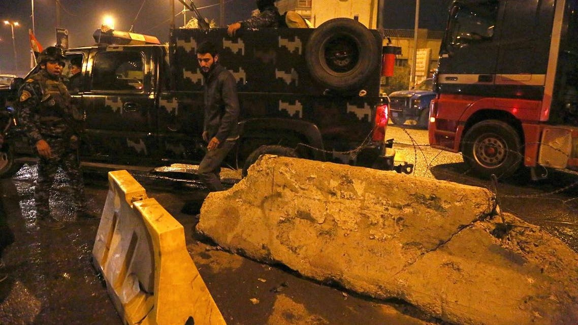 Iraq checkpoint. (AP)