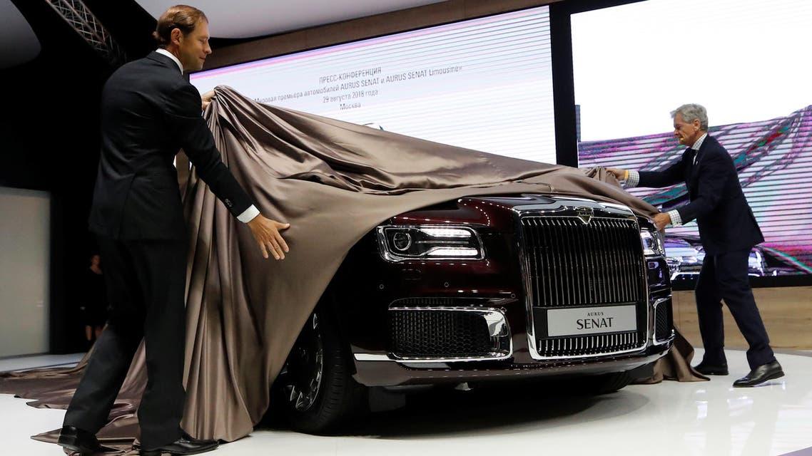 سيارة بوتين الفخمة