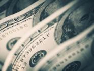 الدولار قرب أعلى مستوى في أسبوع مع الإحجام عن المخاطرة