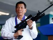 رئيس الفلبين: لن أمثل أمام محكمة دولية يرأسها رجل أبيض