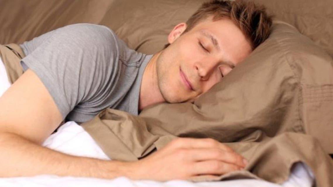اینکارها را بکنید در 120 ثانیه خوابتان میبرد