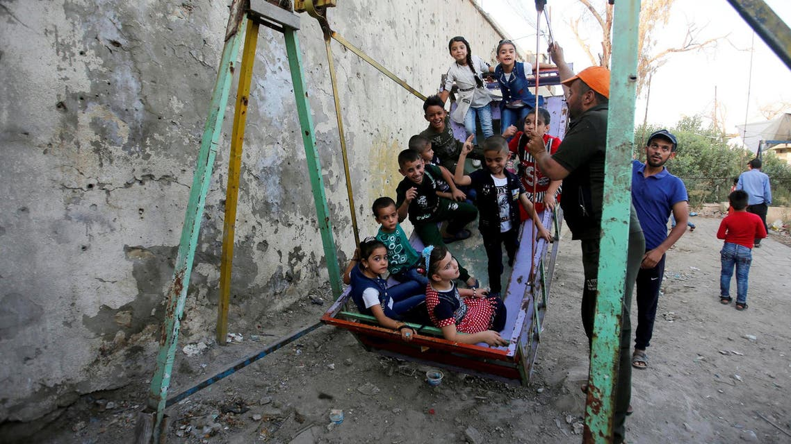 About 600,000 children are living in the streets around Iraq without food or shelter. (Reuters)