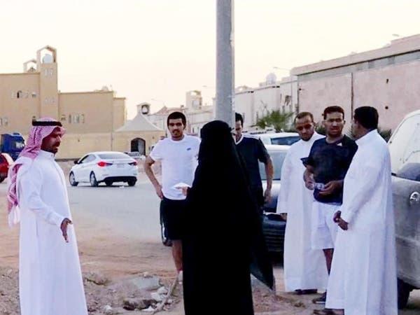 أقوى امرأة شرق الرياض.. تراقب 9 أحياء والسيارات التالفة
