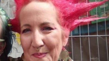 انتحار كاتبة أصيبت بحالة عصبية تسببت في نسيانها الكتابة