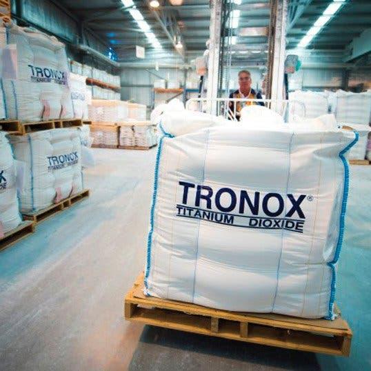 """""""أبولو"""" تعرض شراء ترونوكس المملوكة جزئيا للتصنيع بـ4 مليارات دولار"""