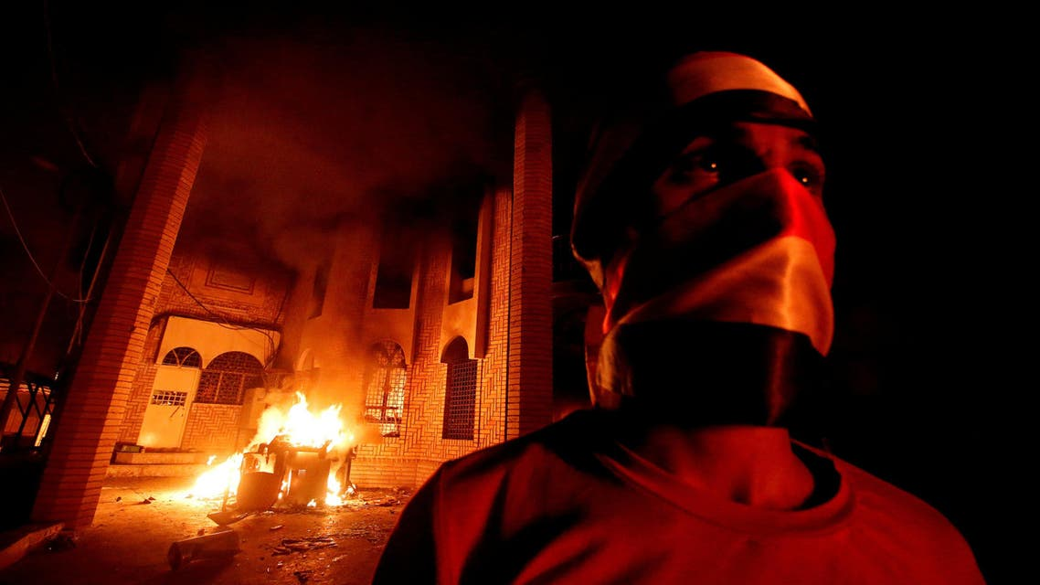 Iraqi protesters burn the Iranian Consulate in Basra, Iraq September 7, 2018. (Reuters)