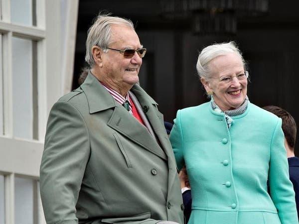 """زوج ملكة الدنمارك """"يخالف التقاليد"""" بعد وفاته"""