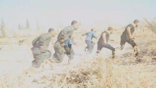 مشهد نادر للحظة استهداف أصحاب الخوذ البيضاء في إدلب