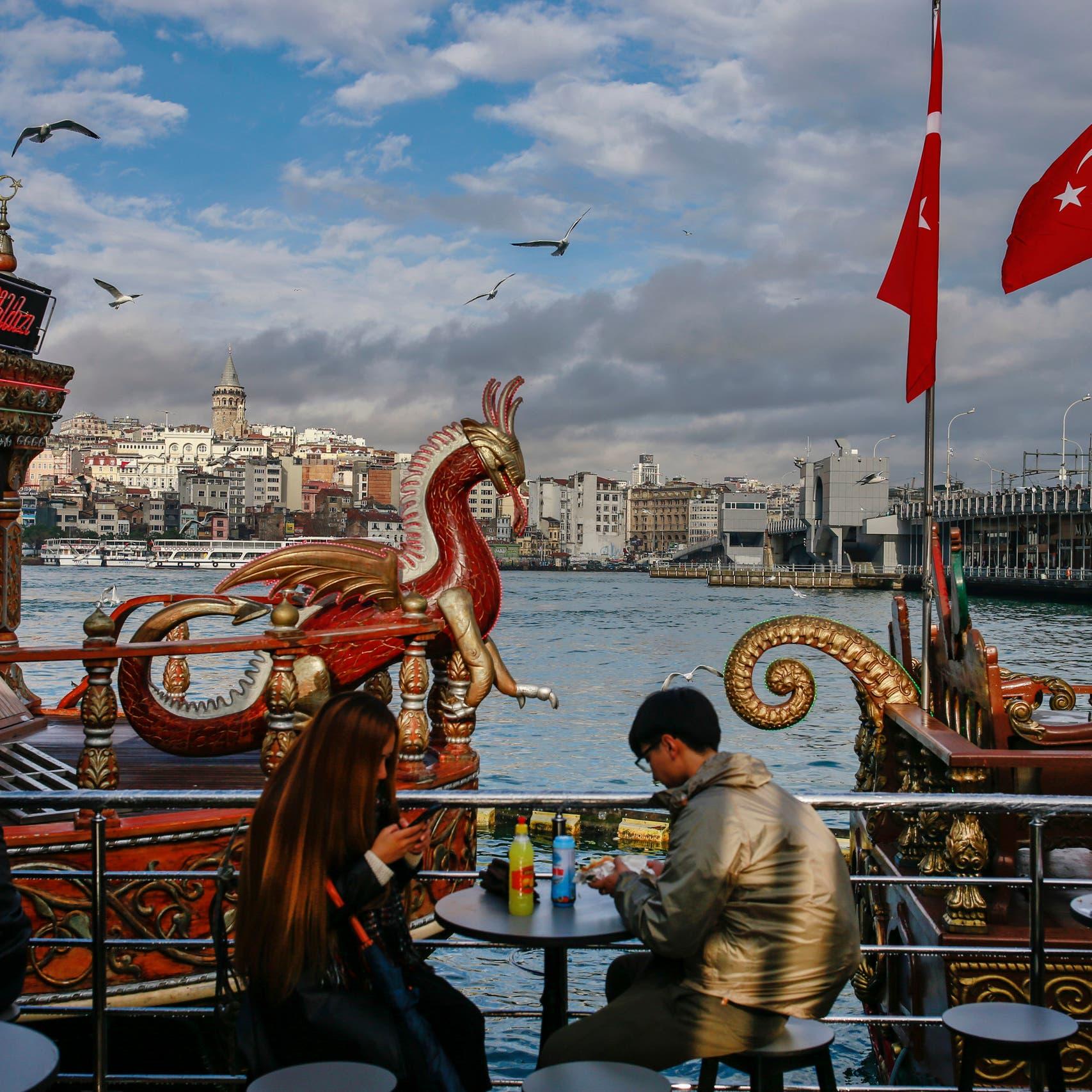 أزمة ثقة تعمق جراح الاقتصاد في تركيا