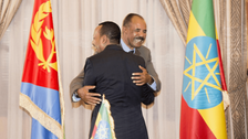 Ethiopian, Eritrean leaders visit border, in further step toward warmer ties