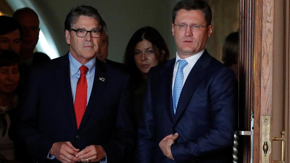 Russian Energy Minister Alexander Novak (R) and US Energy Secretary Rick Perry  during a meeting in Moscow on September 13, 2018. (Reuters)