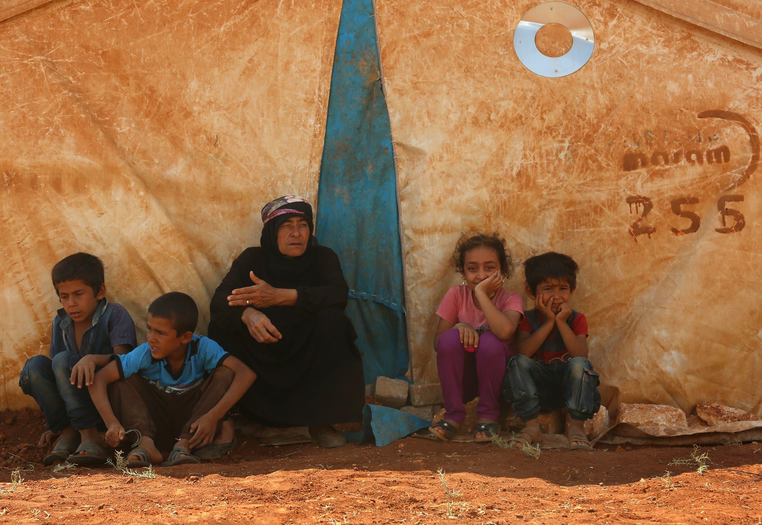 Fleeing Idlib (AFP)