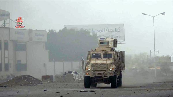 الحديدة.. الميليشيات تنشر قناصتها وتحاول تجنيد مدنيين