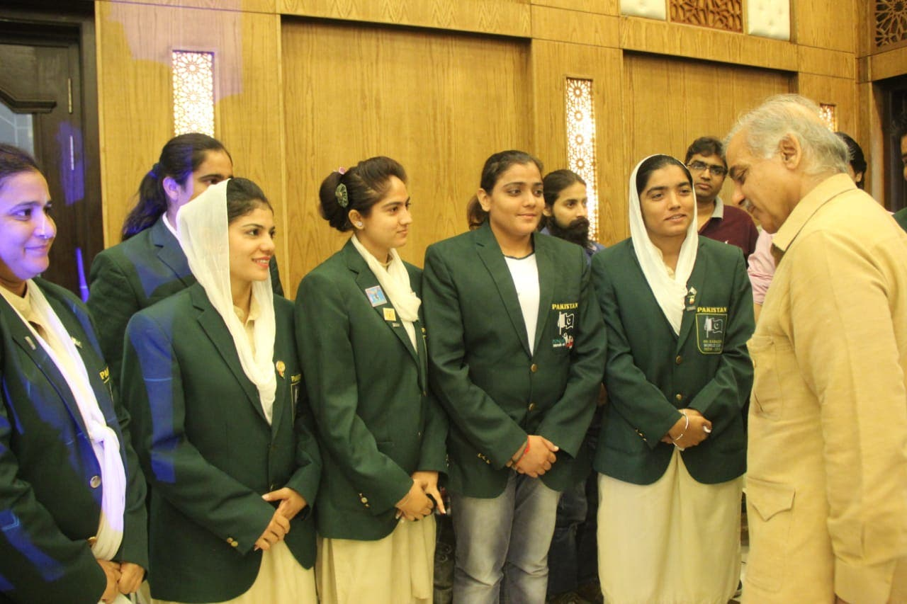 Sohail sisters meeting former chief minister of Punjab, Shahbaz Sharif. (Supplied)