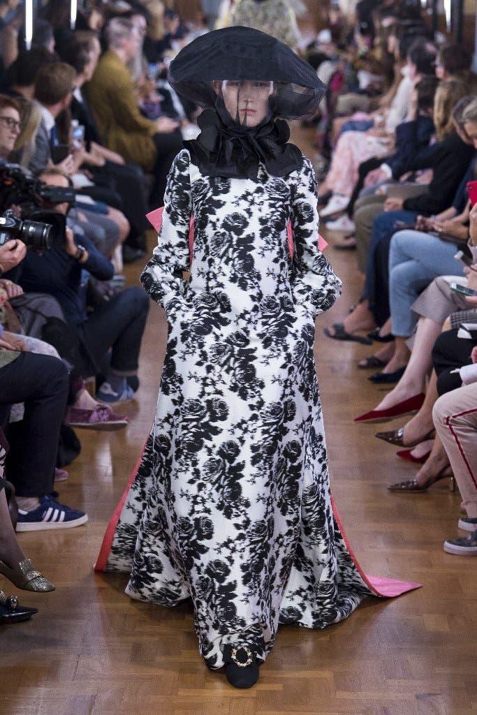 e5fc03c2 ef6b 41c0 a7d1 157dc13897be أجمل الفساتين من اسبوع الموضة في لندن،لاطلالة ساحرة!!