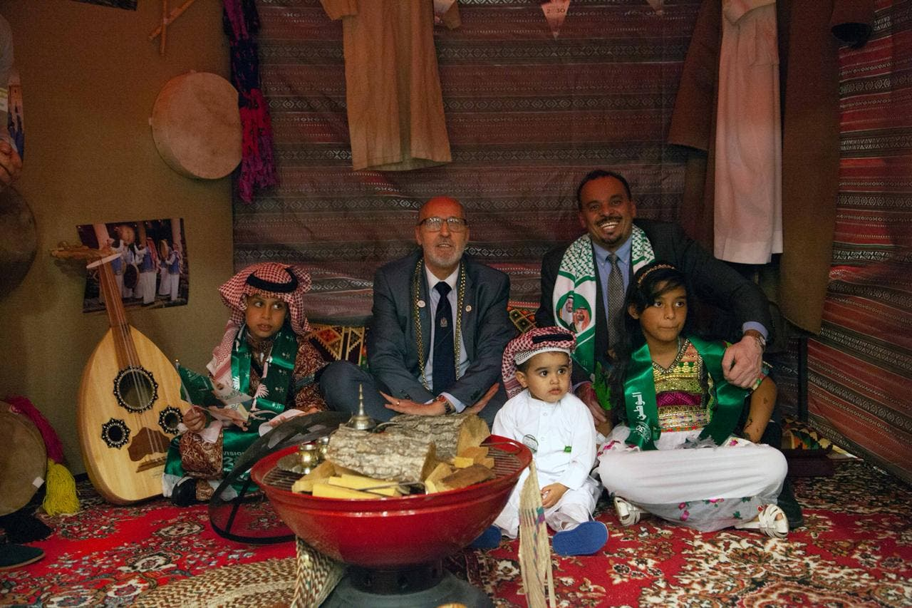Lord Mayor of Newcastle upon Tyne dons the Shemagh on Saudi National Day