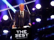 الفرنسي ديشان يتوج بجائزة أفضل مدرب في العالم