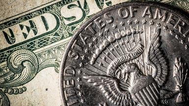 الدولار يواصل خسائره مع التخلي عن مراكز دائنة
