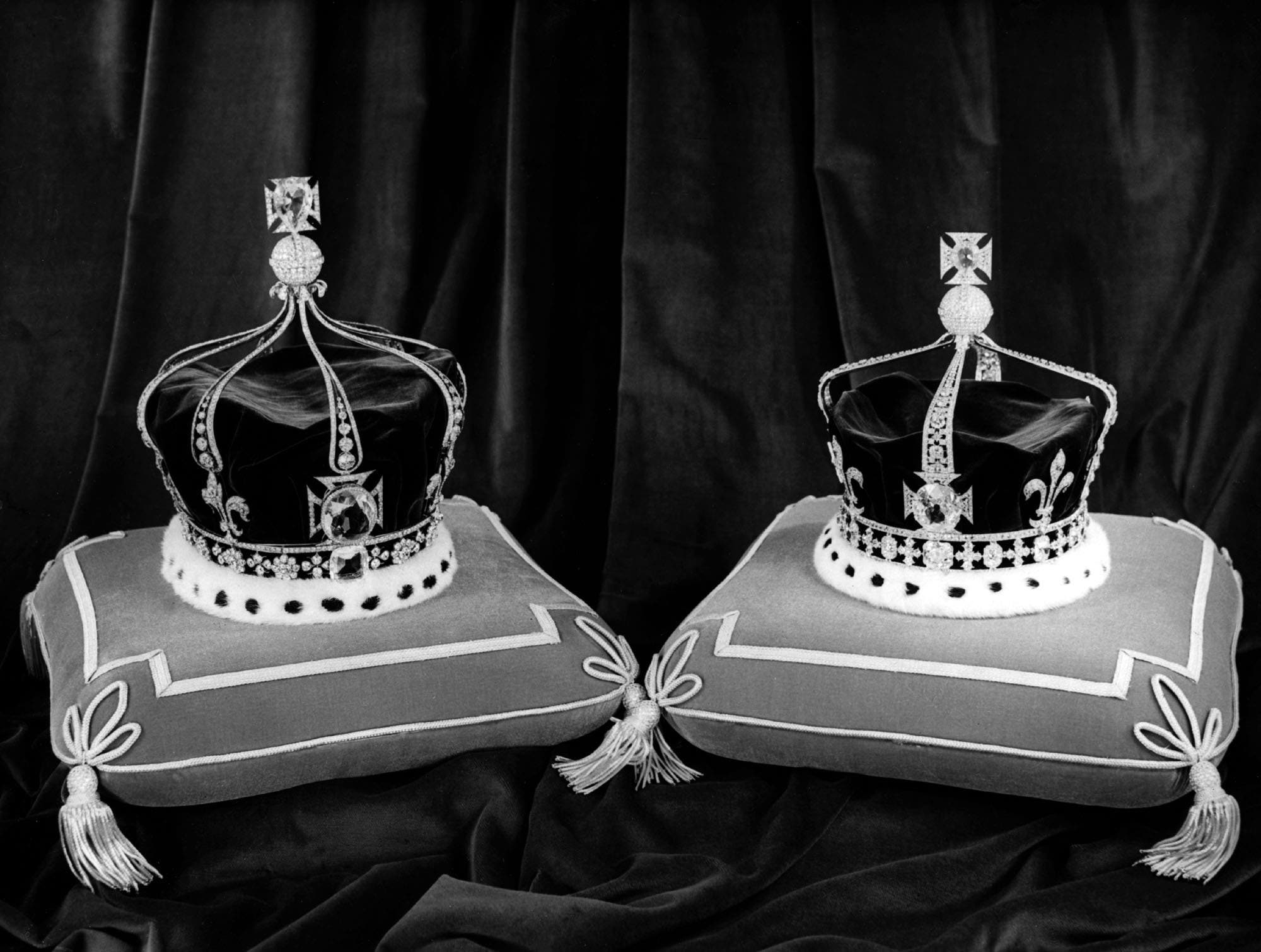 Queen Mary's Crown, which was worn at the Coronation on June 22, 1911. (Photo made at the Tower of London on Nov. 14, 1952, AP)