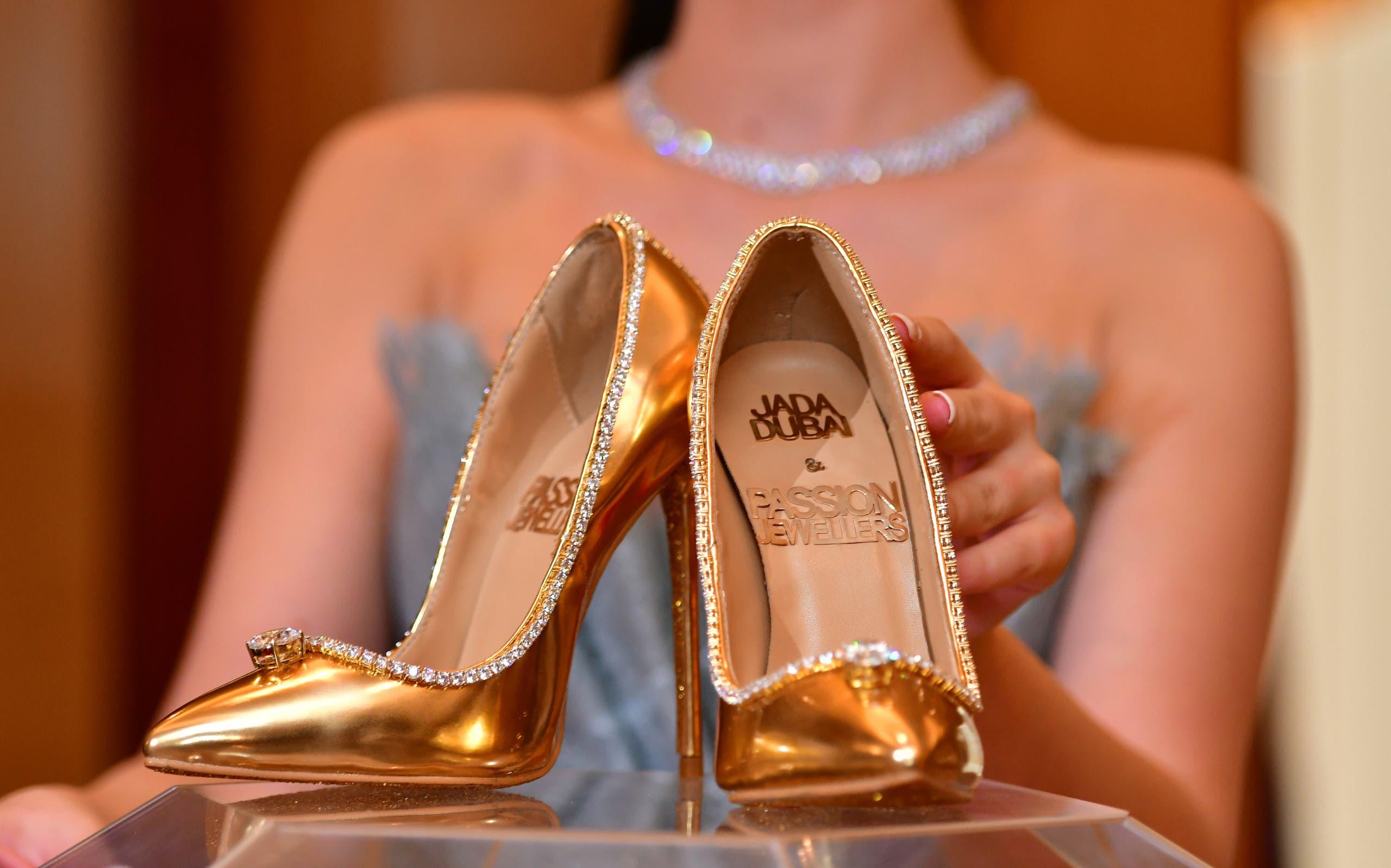 89d2c82b c98f 4f82 b44f 515ae5b075e2 أغلى حذاء في العالم ،ثمنه  17 مليون دولار ، فمن يشتري؟