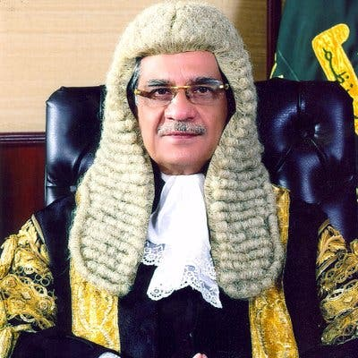 """Average Pakistanis consider Justice Nisar a """"messiah"""" who is determined to ensure justice. (Twitter)"""